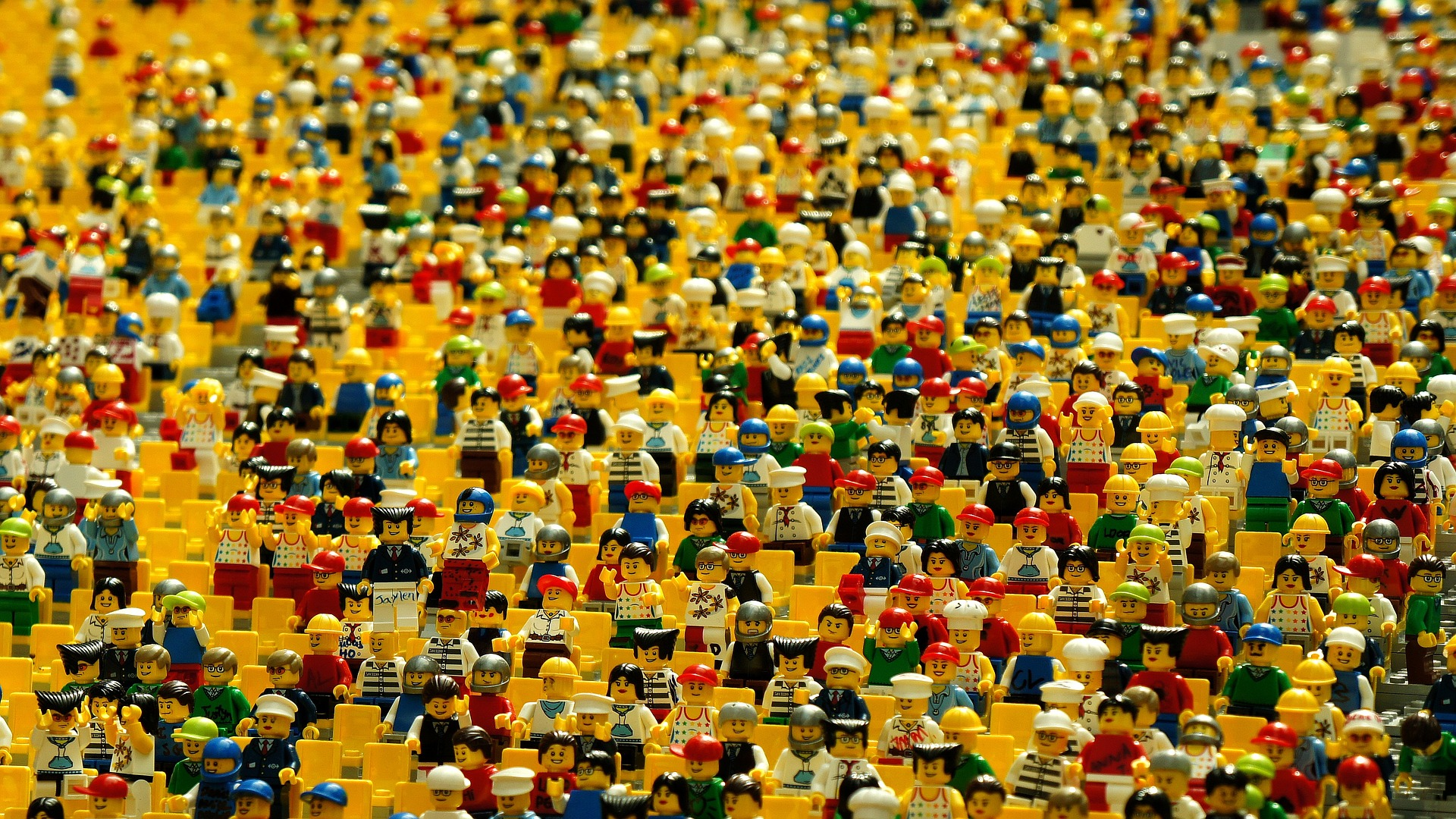 Lost of Lego People